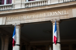 Le Conseil constitutionnel censure la mesure interdisant la fessée